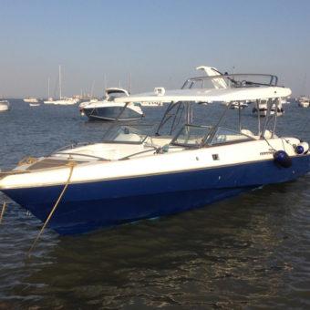 Mahindra Odyssea 33 Motor Boat Ride Mumbai