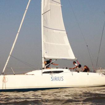 Sailing at Gateway of India, Mumbai, Fareast 26 Yacht
