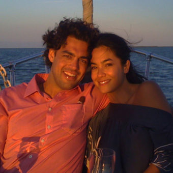 Dinner Date on a Yacht at Gateway of India, Mumbai (MacGregor 26 Yacht)