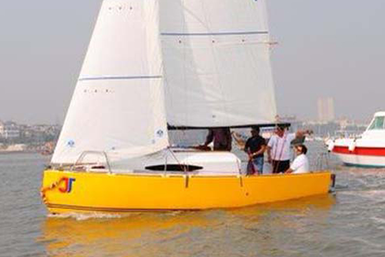 Sailing at Gateway of India, Mumbai, JJ 22 Sailboat