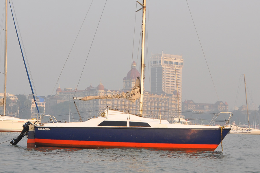 Sailing at Gateway of India, Mumbai (Maxi 7.7 Yacht)