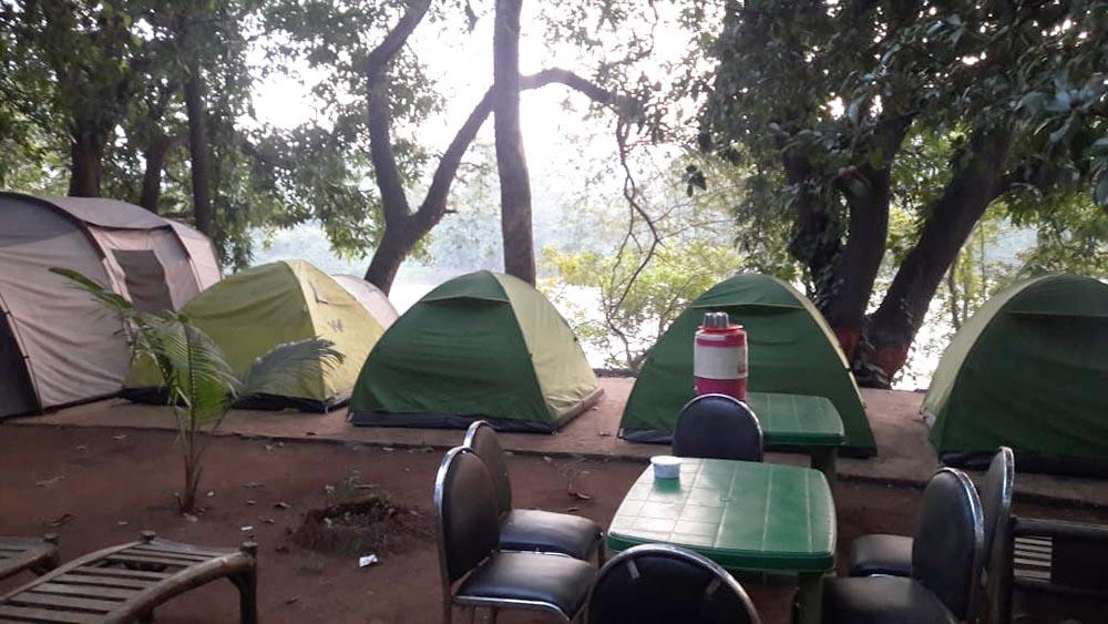 Riverside Camping in Kolad, Wilder West Adventures