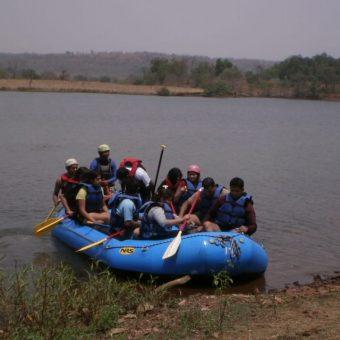 Camping in Kolad