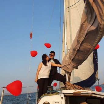 Dhiraj Bachani's Review for Sailing at Gateway of India, Mumbai (Fareast 26 Yacht)