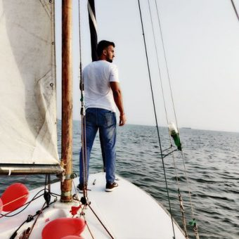 Rakhee Pathak's Review for Sailing at Gateway of India, Mumbai (Seabird Sailboat)