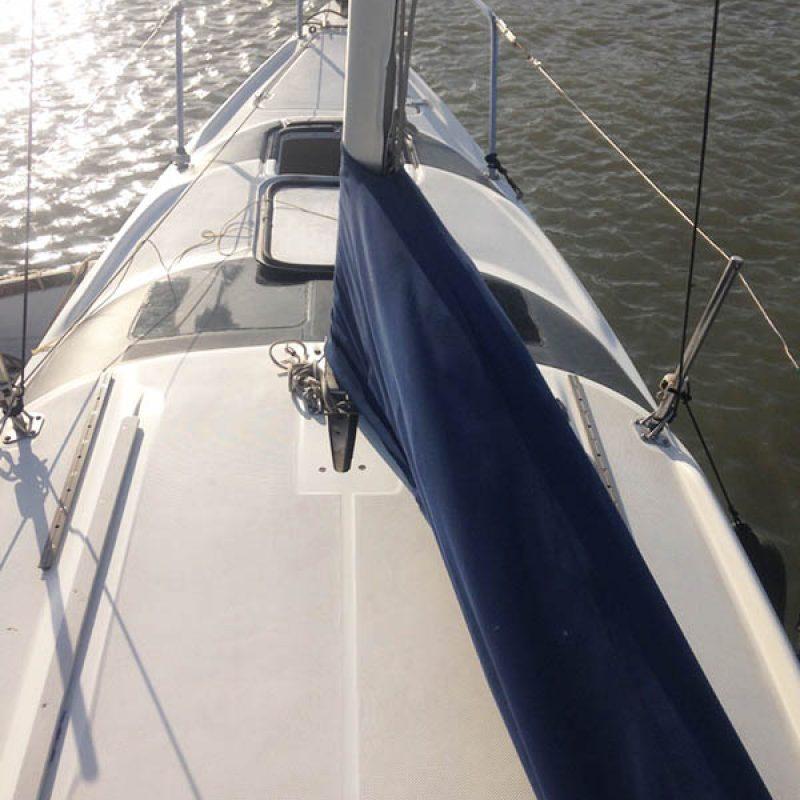 MacGregor 26 Sailboat in Mumbai