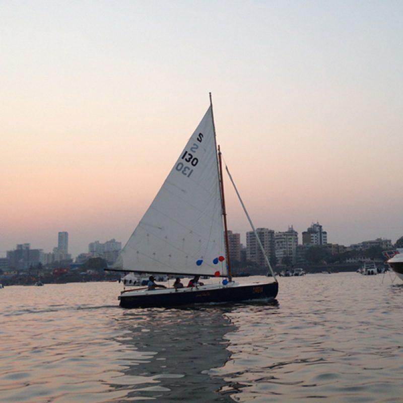 Private Sailing in Mumbai on Seabird Sailboat