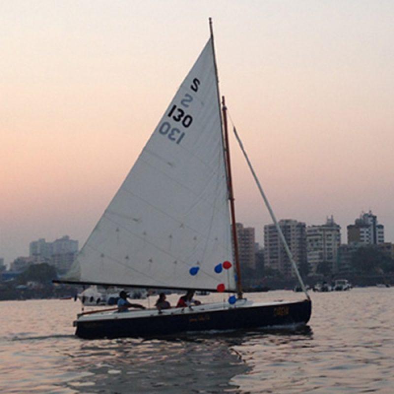 Sailing at Gateway of India, Mumbai (Seabird Sailboat)