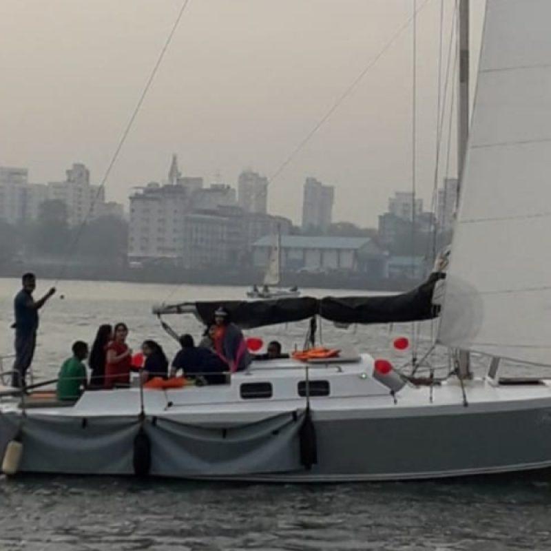 VG 30 Yacht – Sailing at Gateway of India, Mumbai