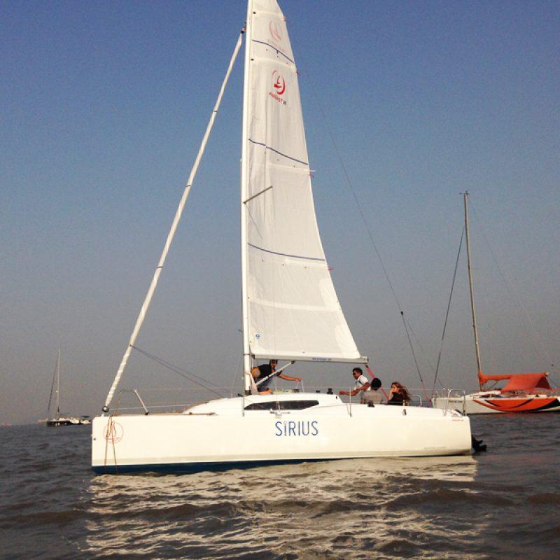 Yacht Ride at Gateway of India, Mumbai, Fareast 26 Yacht